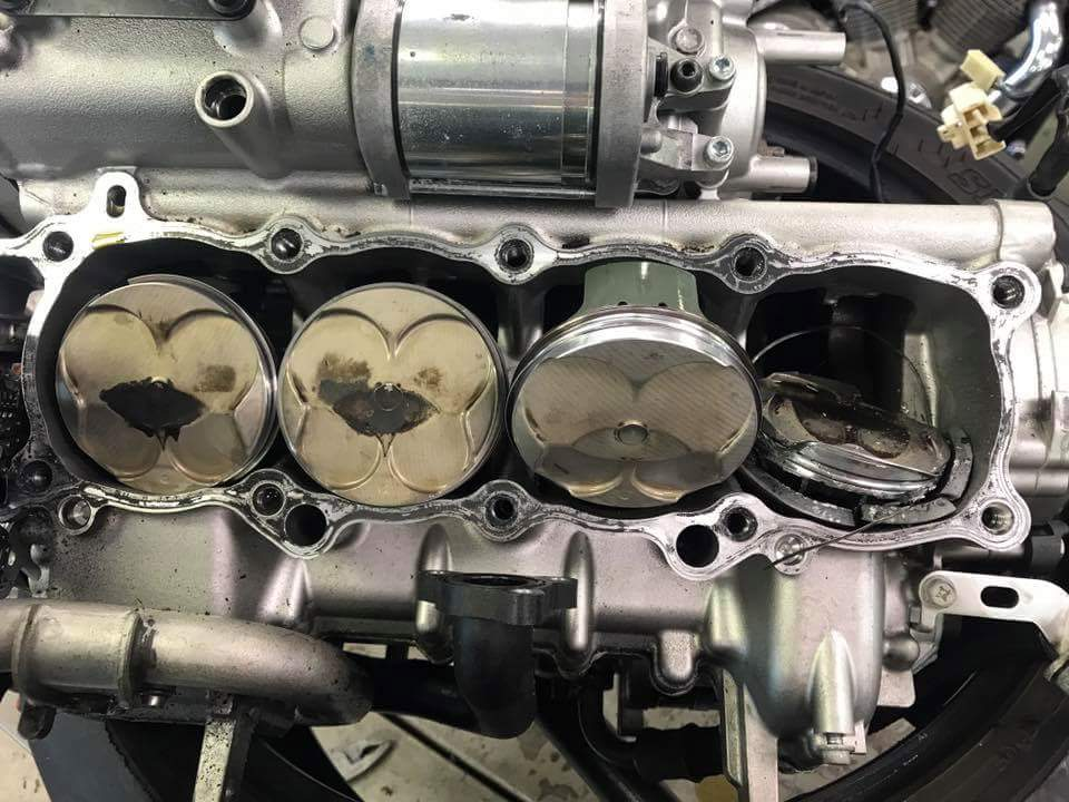 My 15 R1 engine blew with 2888 miles!   Page 7   Yamaha R1