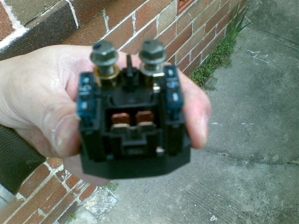 [SCHEMATICS_48IU]  Is this the main fuse? | Yamaha R1 Forum: YZF-R1 Forums | 2007 Yamaha R1 Main Fuse Location |  | R1 Forum