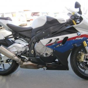 The mighty s1000rr